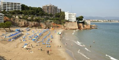 playa larga salou