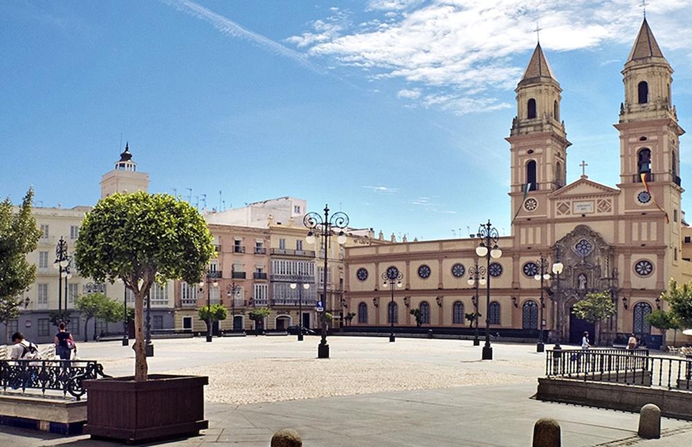 plaza de san antonio cadiz