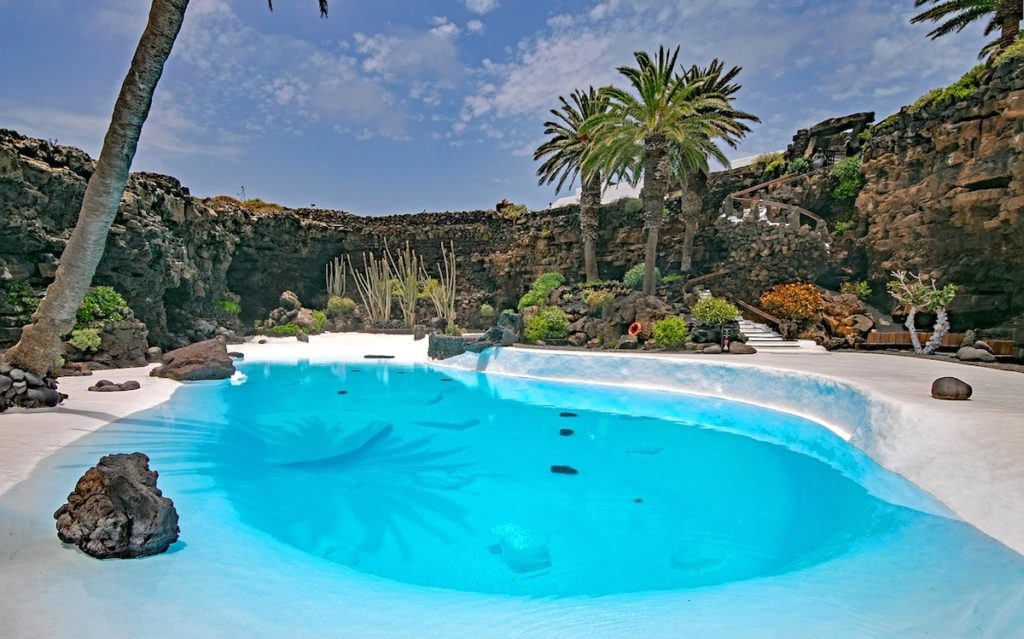 piscina jameos del agua
