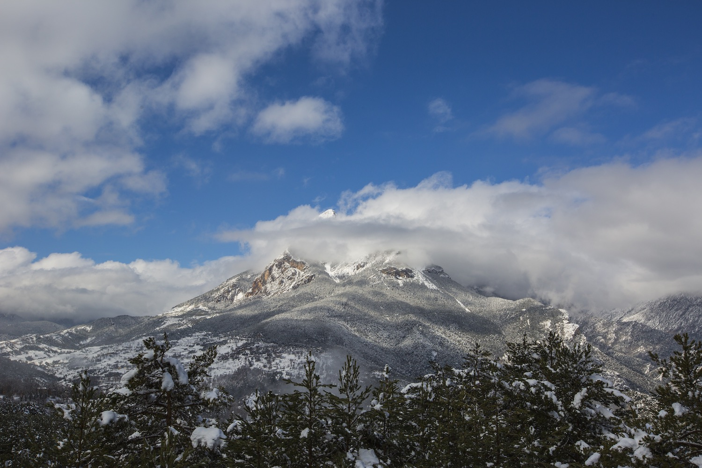 pedraforca con nieve